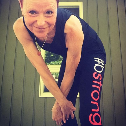 Woman wearing bstrong leggings for Bethenny Frankel's charity