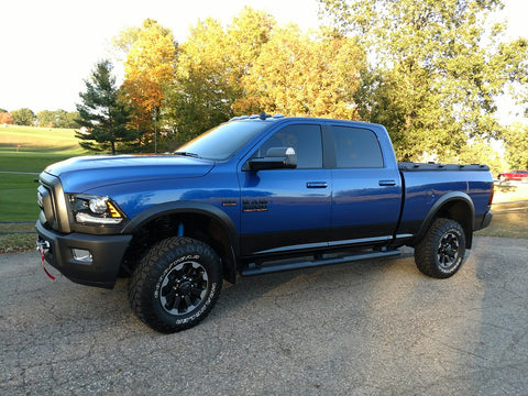 2019 Dodge Ram wuth pre painted fender