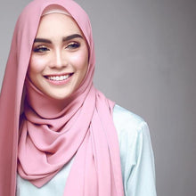 Load image into Gallery viewer, 200000399,1 pc popular Malaysia style women plain bubble chiffon scarf hijab wrap solid color shawls headband muslim hijabs scarves/scarf,guiro,Zeinab Fashion.