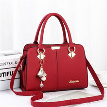 Load image into Gallery viewer, ,Women Handbag Shoulder Bag Girls Fashion Famous Design Leather Big Casual Tote High Quality Hasp Casual Black New 2019,guiro,Zeinab Fashion.