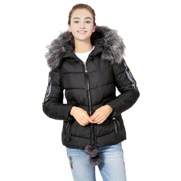Winter Coat Women Embroidered Short Jacket Coat Women Long Sleeve Zipper Warm Hooded Parkas Velvet Overcoat Ladies Plus Size