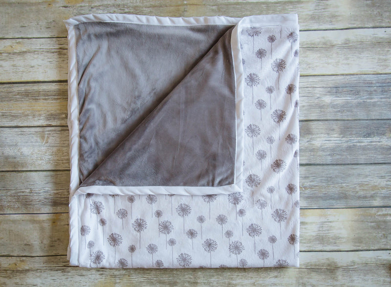 Daydreamer ™ - Pocket Blanket- Large 46x49 -Dandelion Wishes Minky