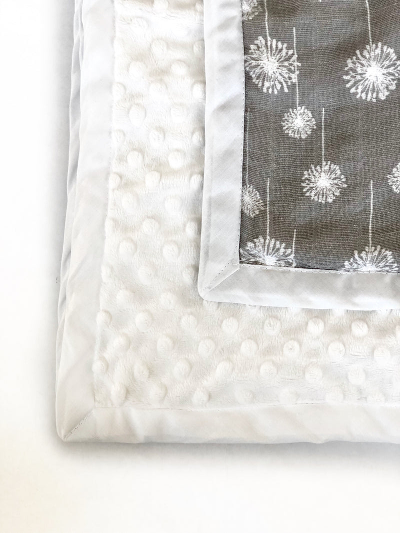 Daydreamer ™ - Pocket Blanket - Large 47x50 - White Dandelion Wishes Muslin/Raised Dotty