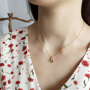 Gaby - Heart Flame Necklace