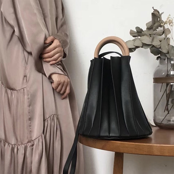 Calli - Pleated Bucket Bag
