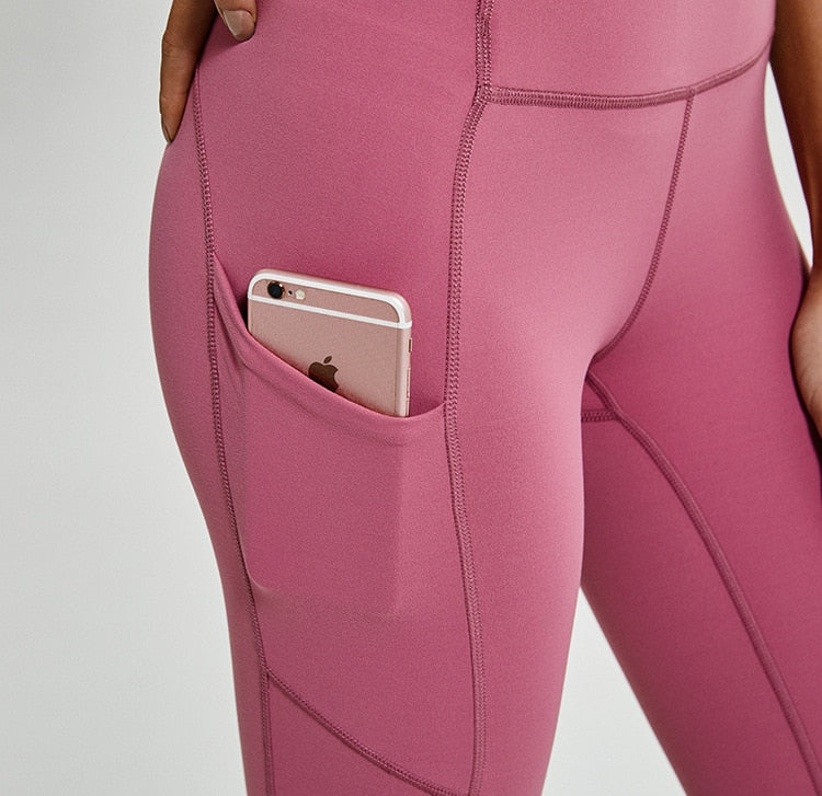cell phone pocket on leggings