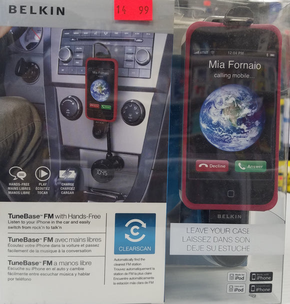 Belkin iPhone 4/4S iPod 4 TuneBase Hands-Free AUX & car holder with charger - New