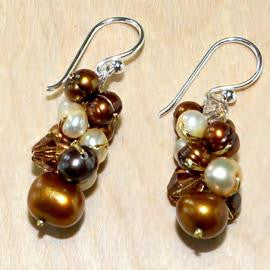 Brown mix crystal pearl earring