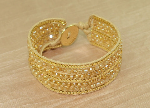Cuff bracelet w crystal and chain - Cream