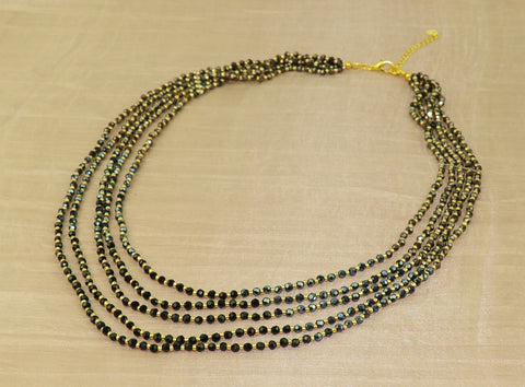 Necklace w black crystal + gold bead