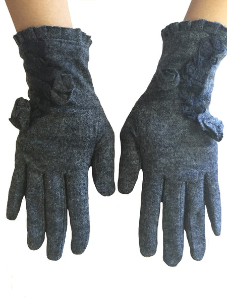 Gray Floral Gloves