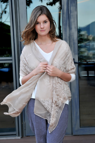 Heirloom Wrap - Light Brown