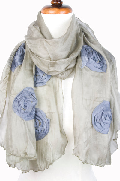 Silk w floral relief - Olive