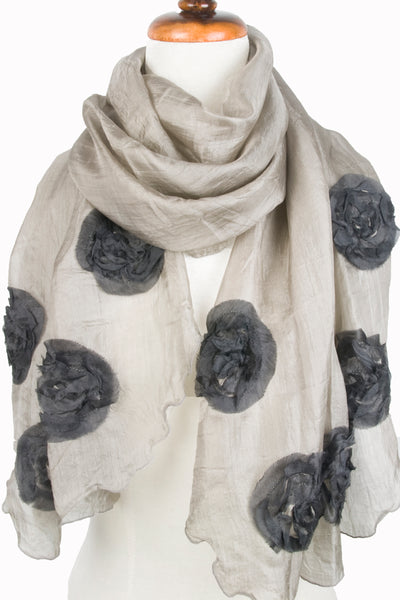 Silk w floral relief - Taupe