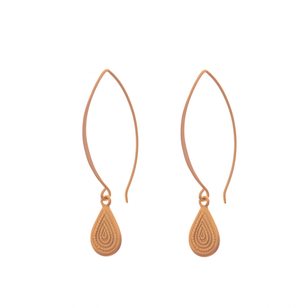 Labyrinth earrings are a Bronwen Jewelry best pick. Long or short, silver or gold, they are perfect for any activity
