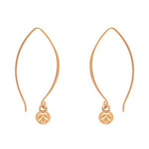 Resilience earrings are a Bronwen Jewelry bestseller. Long or short, silver or gold, they are everyday active-chic