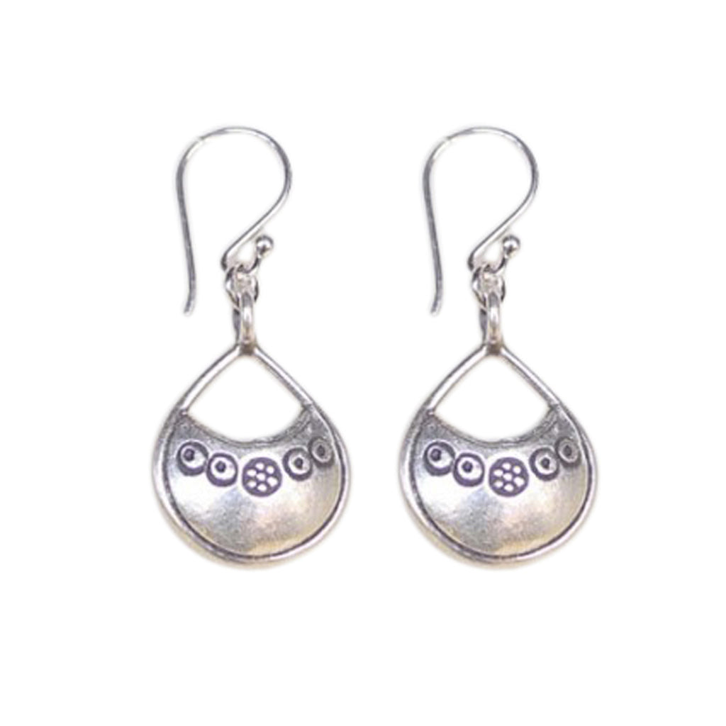 Thai Sloop earrings are a Bronwen Jewelry bestseller. Versatile, durable and so beautiful they are everyday active-chic