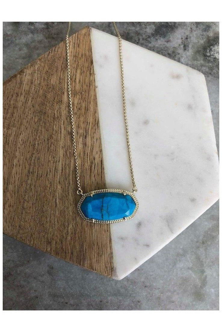 Kendra Scott: DELANEY PENDANT NECKLACE IN Aqua Howlite AND GOLD - RMC Boutique