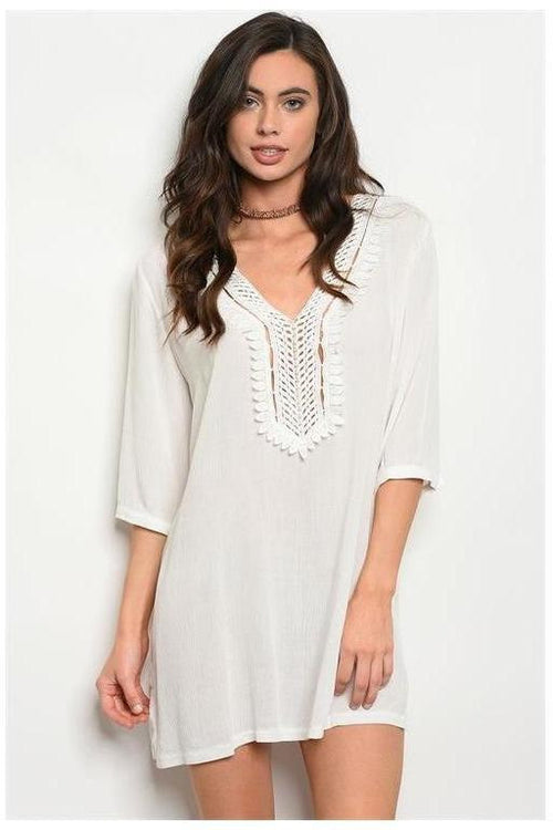 Embroidered 3/4 Sleeve Tunic Top