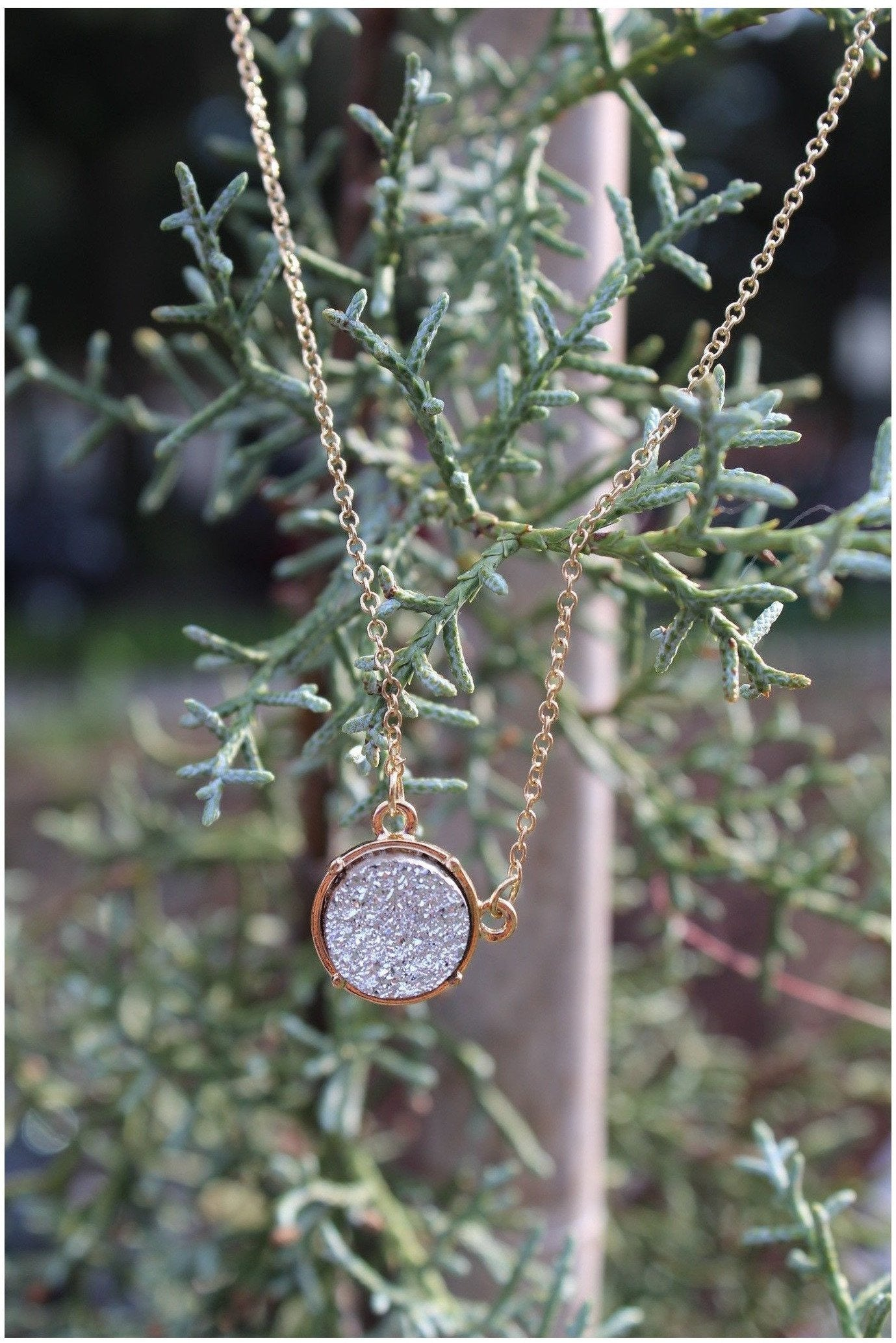 Round Druzy Necklace - RMC Boutique