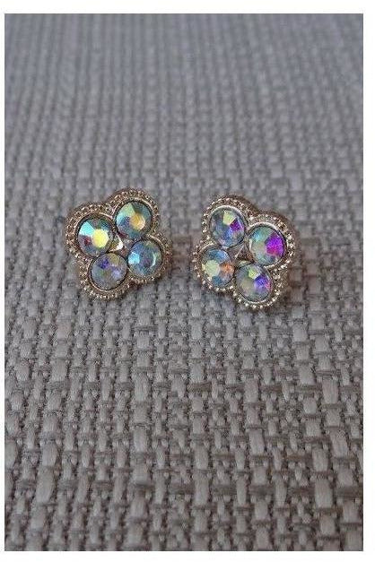 Bedazzled Beauty Studs (clear) - RMC Boutique