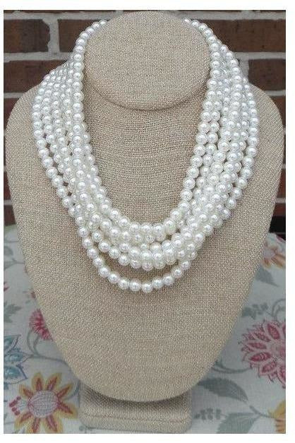 """Elegance Is Key"" Pearl Necklace - RMC Boutique"