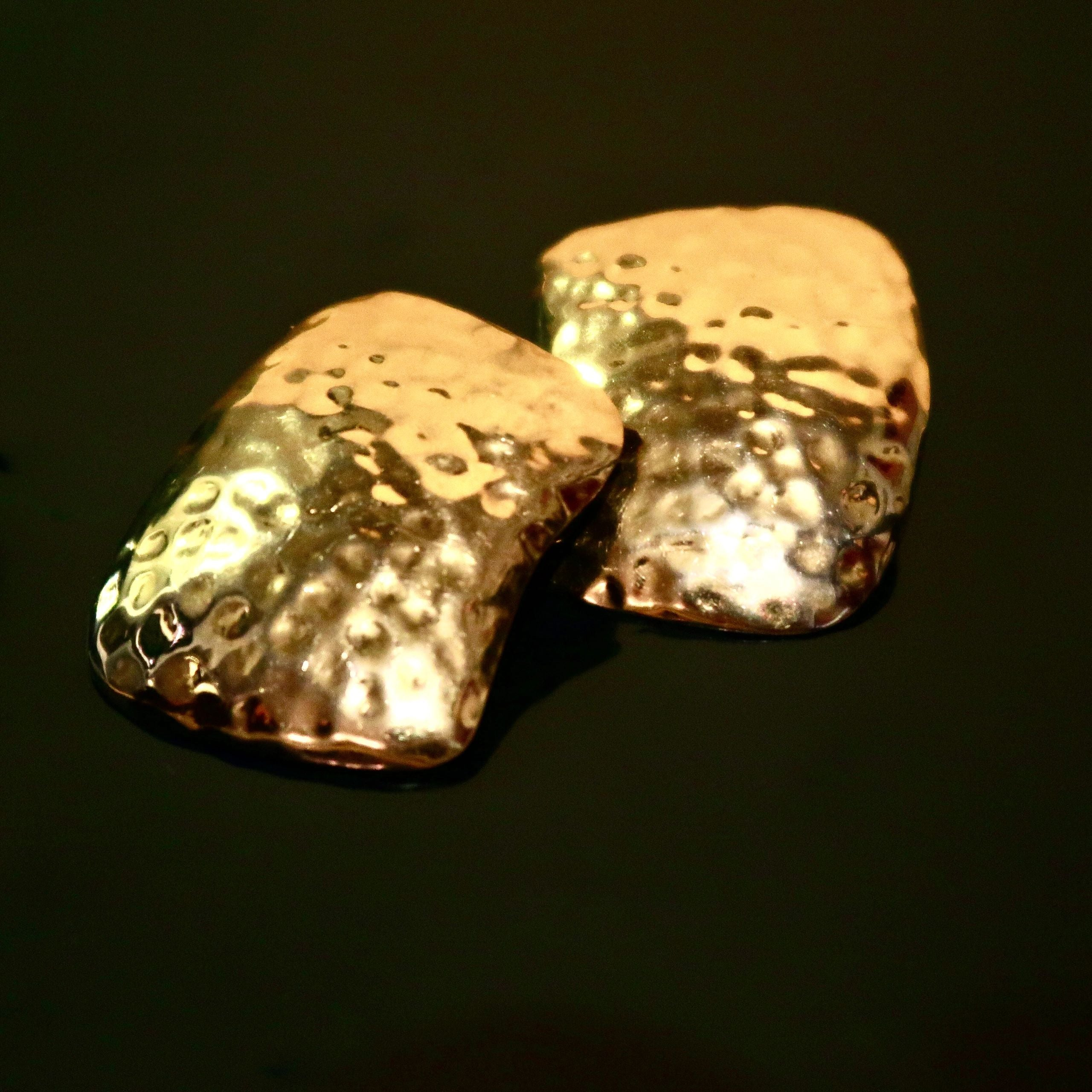 Vintage Hammered Gold-tone Earrings - Everyday in Retrograde