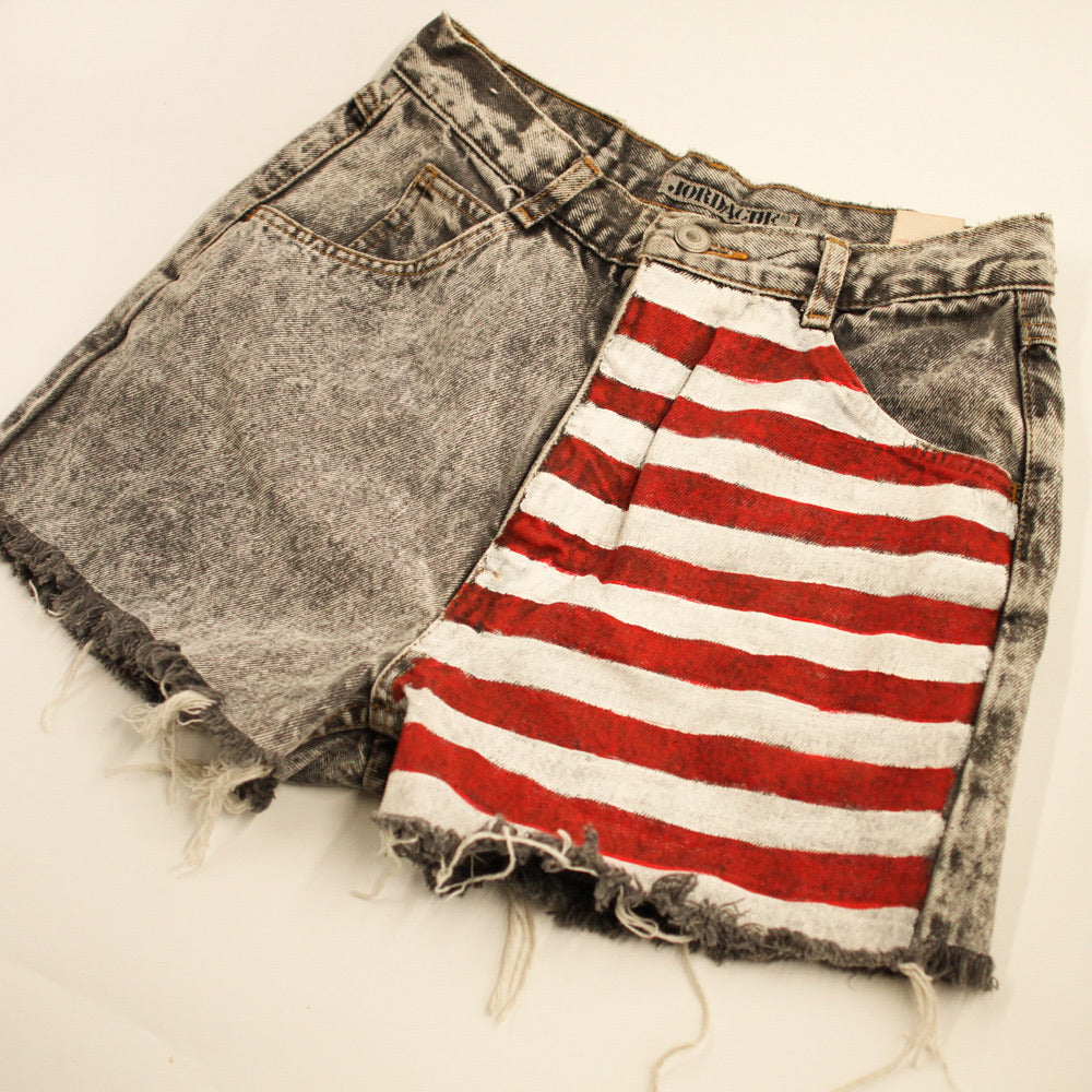 Jordache Acid Wash High Waisted Denim Shorts Hand Painted Red/White Stripes