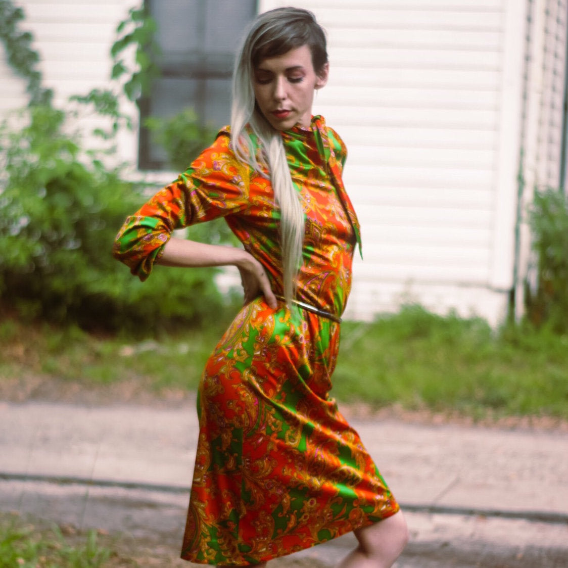 1970s Mod Paisley Print Bright Orange Shift Dress - Everyday in Retrograde