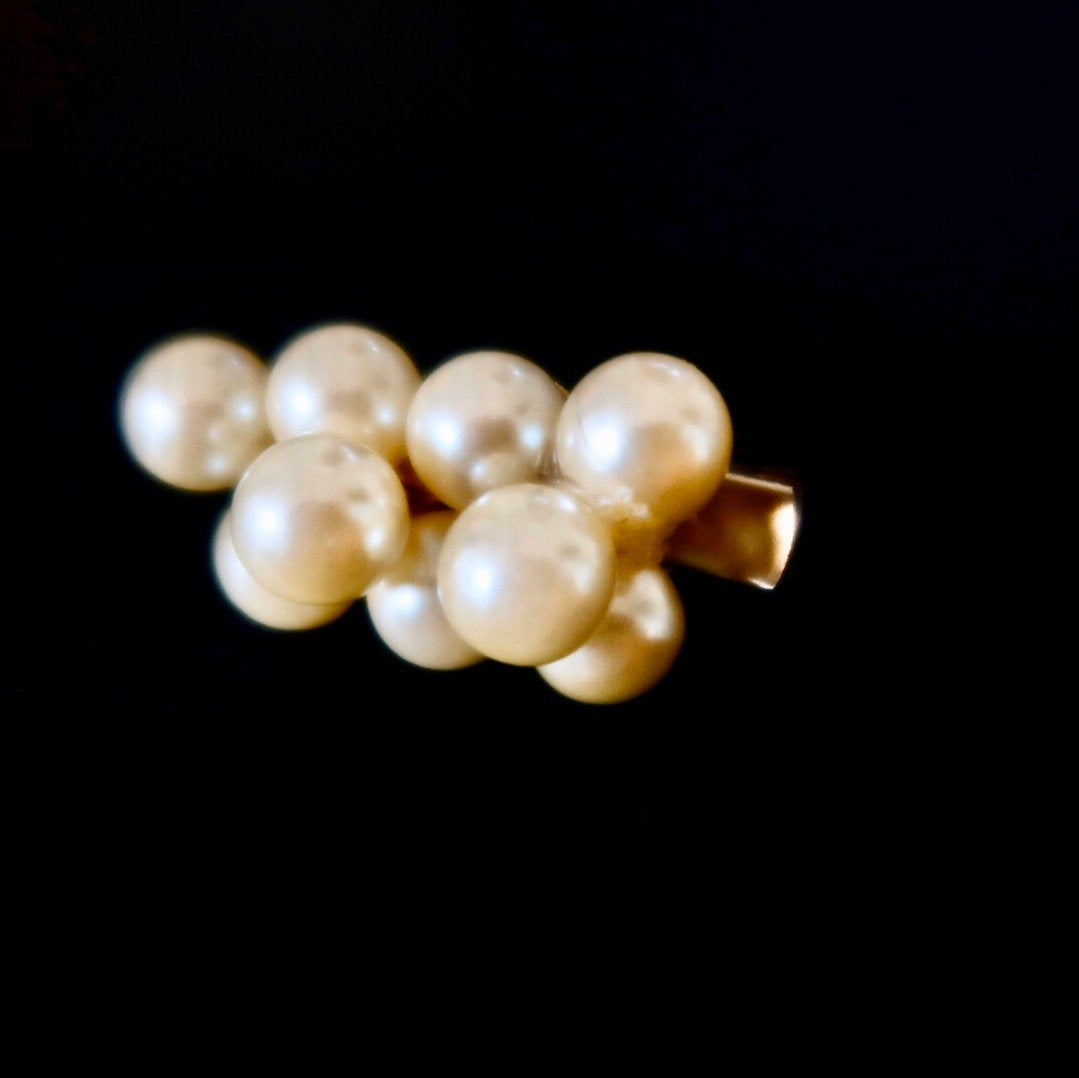 Upcycled Vintage Faux Pearl Hair Clip - Everyday in Retrograde