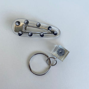 [Made To Order] Keychain & Clip Set- Yin Yang
