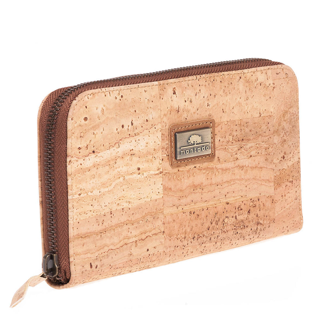 Ladies Cork Wallet with all around zipper with montado label made in Portugal