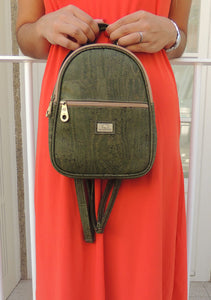 Small Green Cork Backpack - cultura-portuguesa
