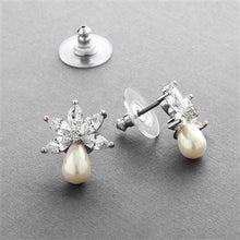 Load image into Gallery viewer, Fresh Water Pearl and Cubic Zirconia Small Stud Earring