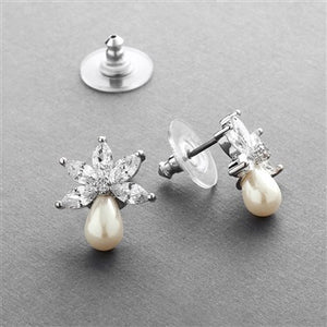 Fresh Water Pearl and Cubic Zirconia Small Stud Earring