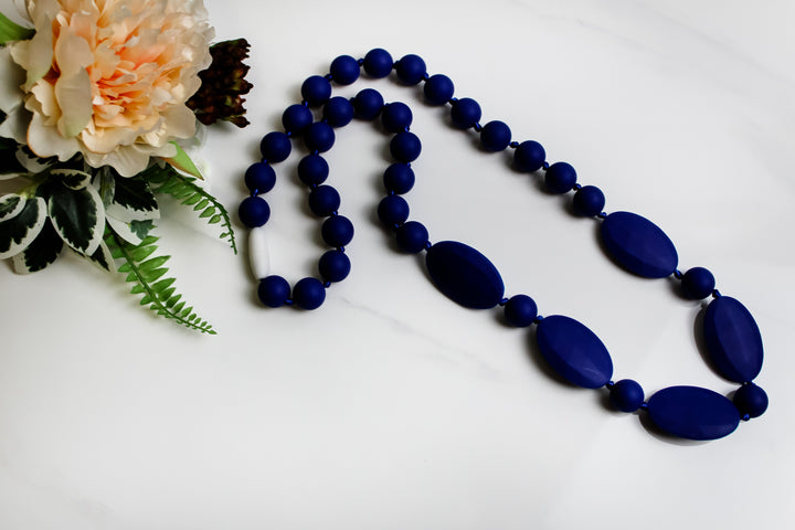 Niplashed Nursing Necklace Niplashed Cobalt Silicone Nursing Necklace