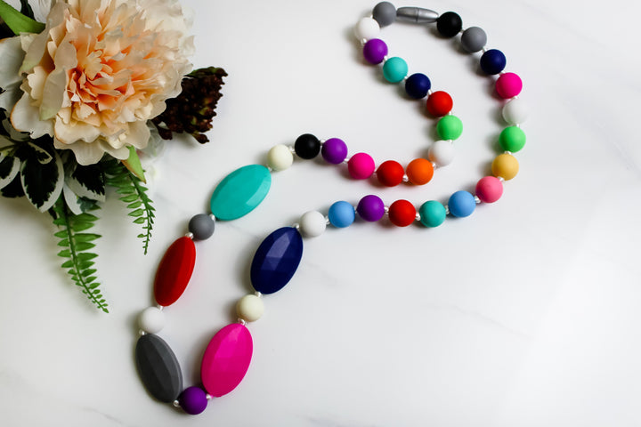 Niplashed Nursing Necklace Niplashed Rainbow Silicone Nursing Necklace