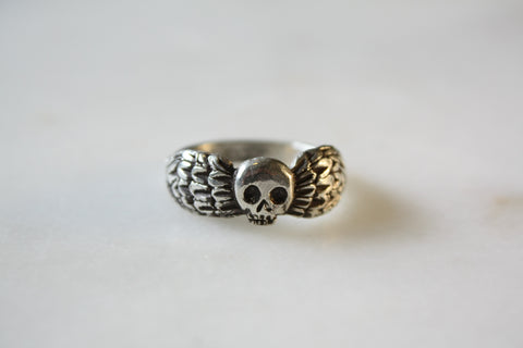 Large Winged Death's Head Ring