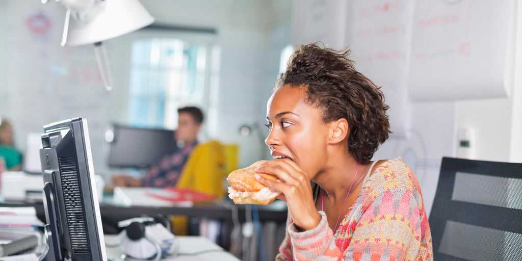 how to prevent germs from spreading stop eating at your desk