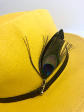 Load image into Gallery viewer, bloomandthebee,Travelin' Light Feather Pin,Bloom and The Bee ,feather pin