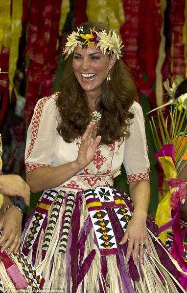 Kate Middleton the Duchess of Cambridge wears Catherine Zoraida Double Leaf Earrings in Tuvulu