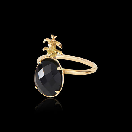 Pineapple onyx ring by Zoraida London Jewellery
