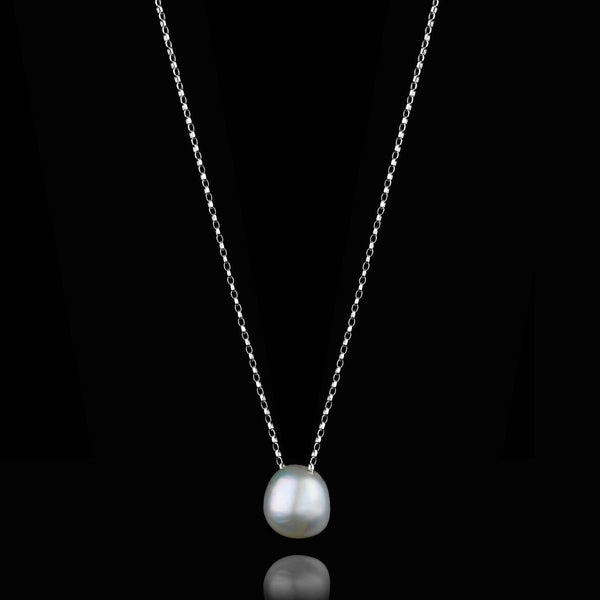 Moonlight Pearl Necklace by Catherine Zoraida