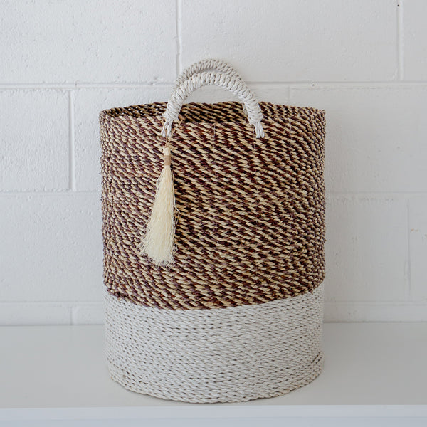 Round Laundry Basket with Tassel