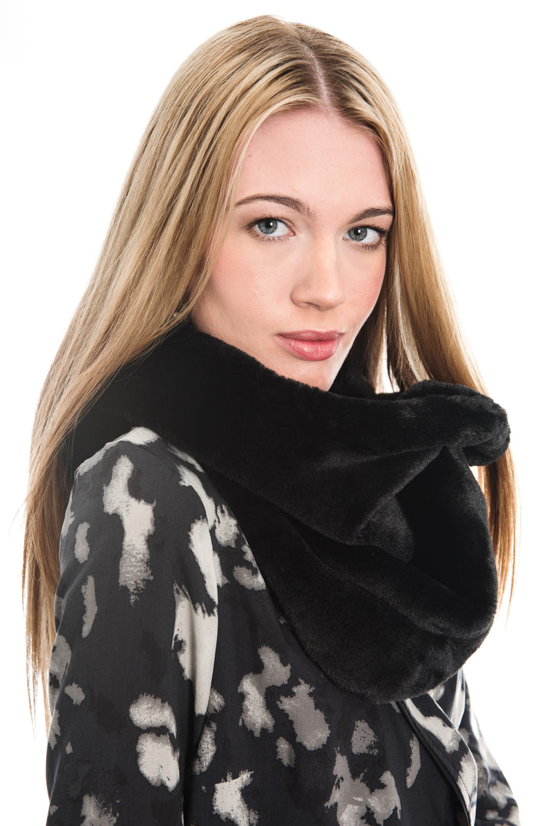 RINO & PELLE SEED BLACK FAUX FUR SNOOD