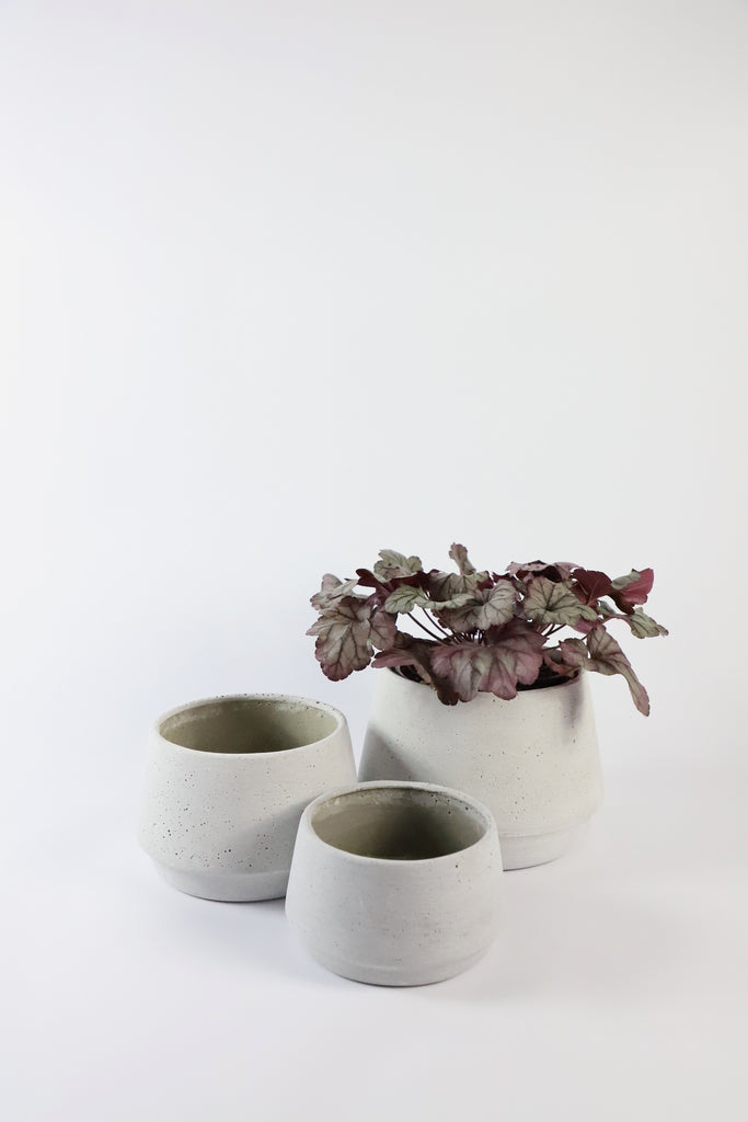 Concrete Look Rounded Ridged Planter