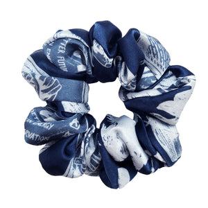 Action Scrunchie in Navy