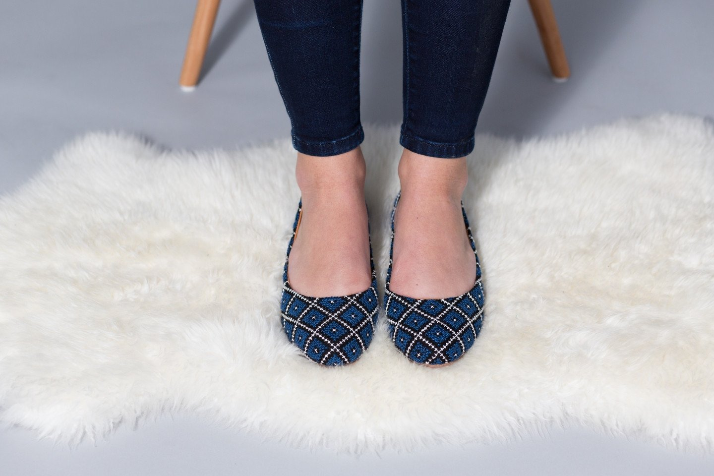 Tatreez Hand Embroidered Leather Flat in Blue - Monsoon Ridge