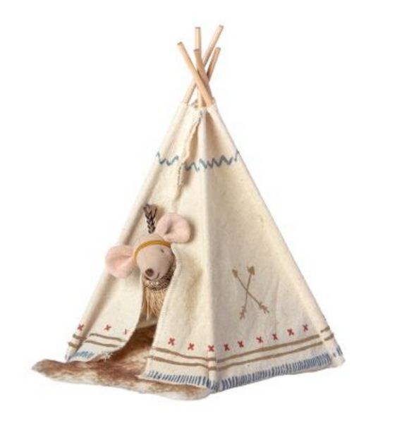 Little Feather Mouse in Teepee