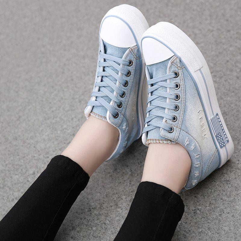 Worn Lace-Up Round Toe Mid-Cut Upper Denim Platform Sneakers